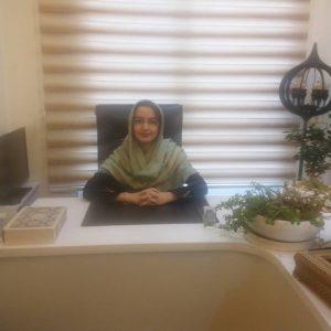 خانم حسینی، مشاور آنلاین روانشناسی