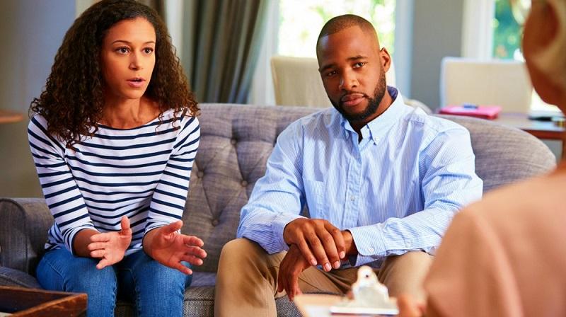 بررسی دلیل تصمیم گیری هر کدام از طرفین به ازدواج